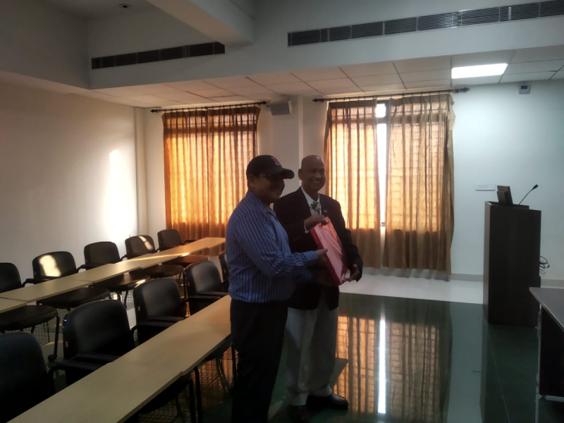 Felicitation to Prof. Debendra Das of the University of Alaska after his seminar talk on Nanotechnology and Up to Date Research at Universities in the USA.